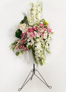 Pembe Beyaz Ferforje Çiçek Aranjmanı
